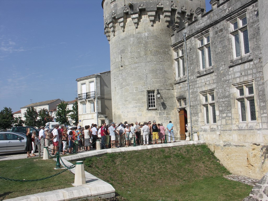Jonzac chateau visite omt